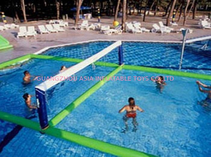 campo gonfiabile di pallavolo dell 39 acqua per i giochi di sport della piscina. Black Bedroom Furniture Sets. Home Design Ideas